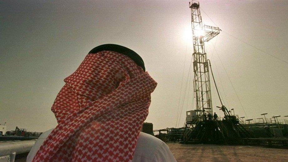 El fracaso en las negociaciones de la OPEP repercutió inmediatamente. Junto al coronavirus, encendieron la mecha en los mercados.