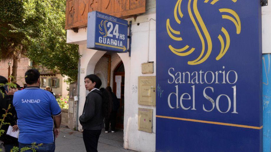 El Sanatorio del Sol cerró  en forma definitiva a principios de enero pasado y dejó 108 personas sin empleo. (Foto Archivo)