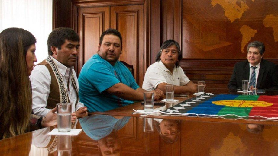 De la nueva mesa también participará el ministerio de Justicia, empresas petroleras y funcionarios de Neuquén.