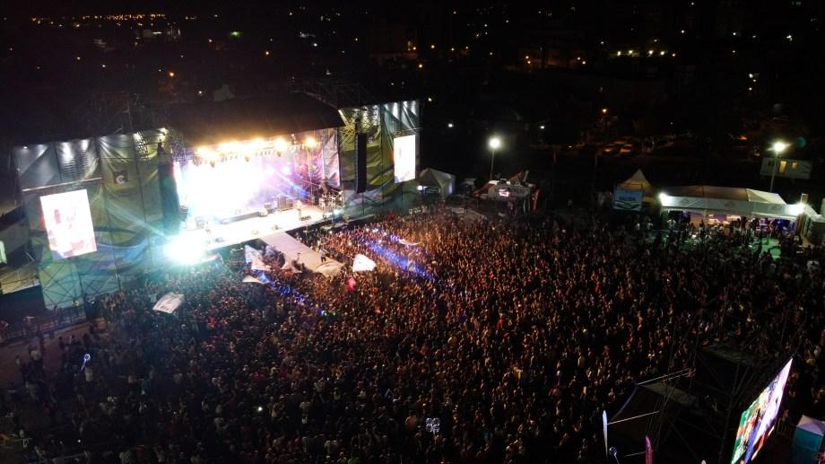 Un multitudinario inicio tuvo la Fiesta Nacional de la Actividad Física. (Foto: Gentileza)