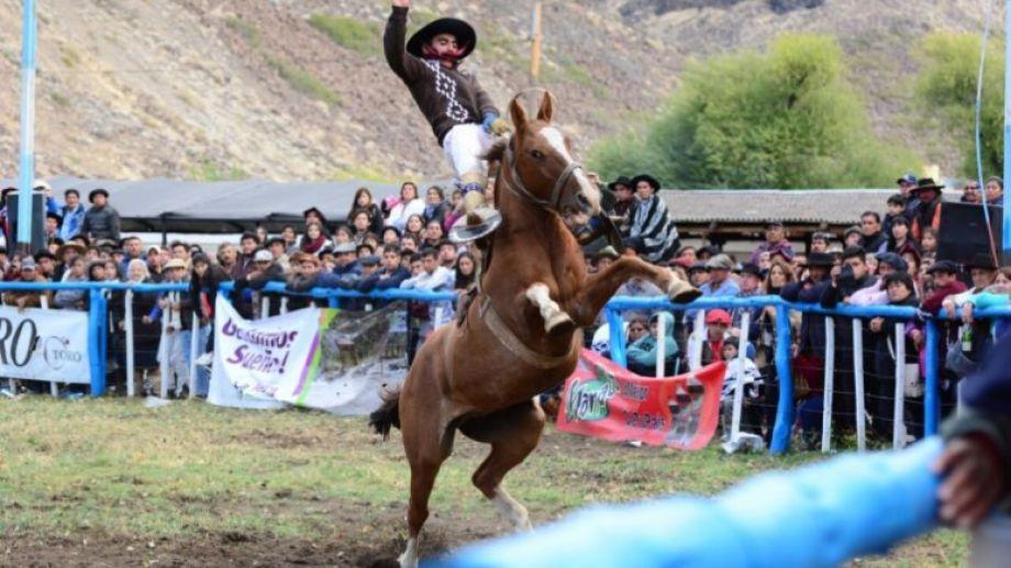 Desde hace dos décadas el aniversario de Comallo se celebra junto a la Fiesta Provincial de la Cordialidad. Este año no se hará.