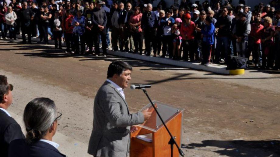 """""""Hemos pasados situaciones difíciles y no nos han podido doblegar. Vamos a salir adelante"""" señala con optimismo el intendente Raúl Hermosilla (JSRN)."""