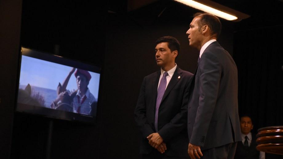 El gobernador afronta un segundo mandato cargado de incertidumbre económica. Foto: archivo.