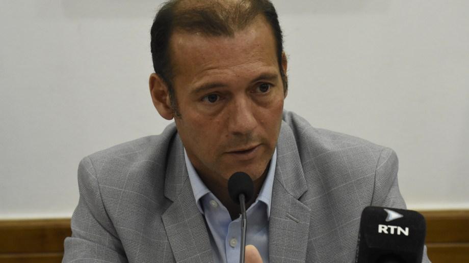 El gobernador Omar Gutiérrez autorizó la creación de un nuevo programa de letras del Tesoro por 4.000 millones de pesos. Archivo Foto: Florencia Salto