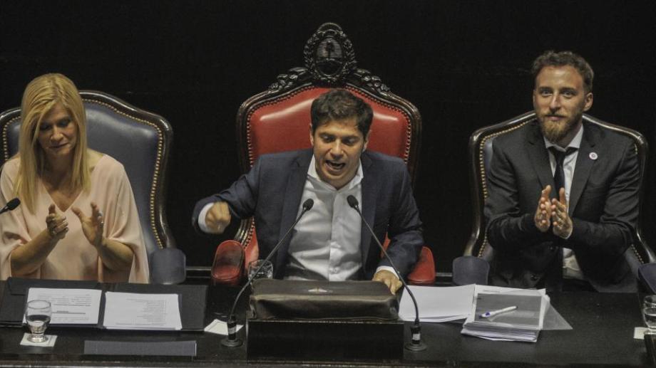 El gobernador de Buenos Aires, Axel Kicillof, pidió que su provincia sea considerada petrolera en el apertura de sesiones de apertura de sesiones ordinarias de la Legislatura.