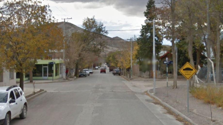 El accidente ocurrió en la esquina de Mitre y Juan B. Justo. (Captura).-