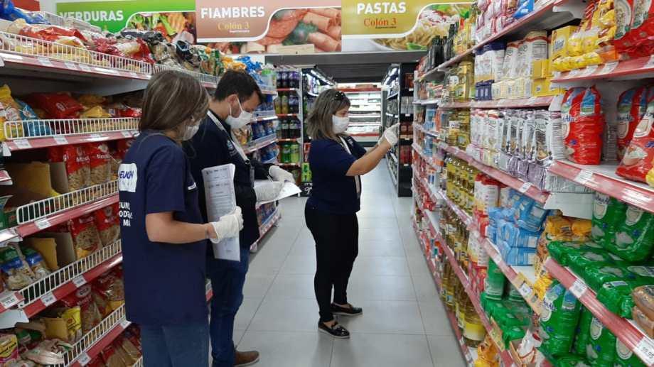 Se multaron a supermercados por modificar los precios durante la cuarentena. (Foto: Gentileza)