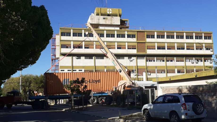 Instalaron un container para el funcionamiento del servicio de pediatría en el hospital de Regina. (Foto Néstor Salas)