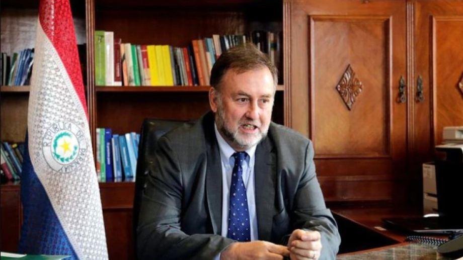 """""""La idea que tenemos es proponer una moratoria por dos meses y es la única opción que veo"""", informó el ministro de Hacienda, Benigno López."""
