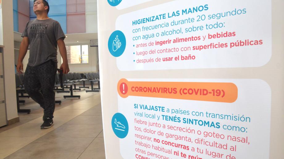 Los análisis de coronavirus ya se hacen en Neuquén. Foto: Yamil Regules