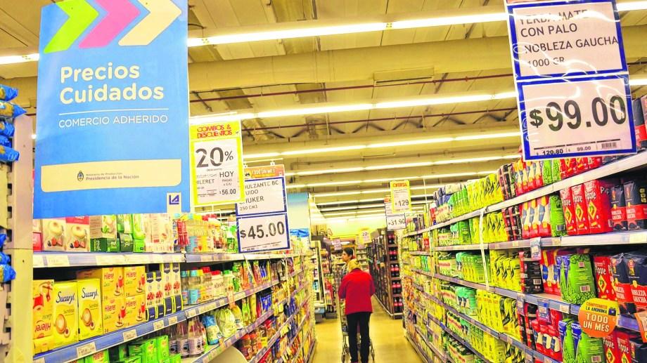 Los supermercados e hipermercados de Neuquén abrirán sus puertas de 9 a 18:30.