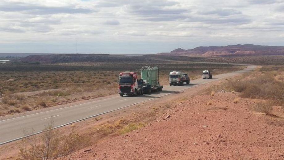 El convoy que transporta el equipo (Foto: Gentileza)