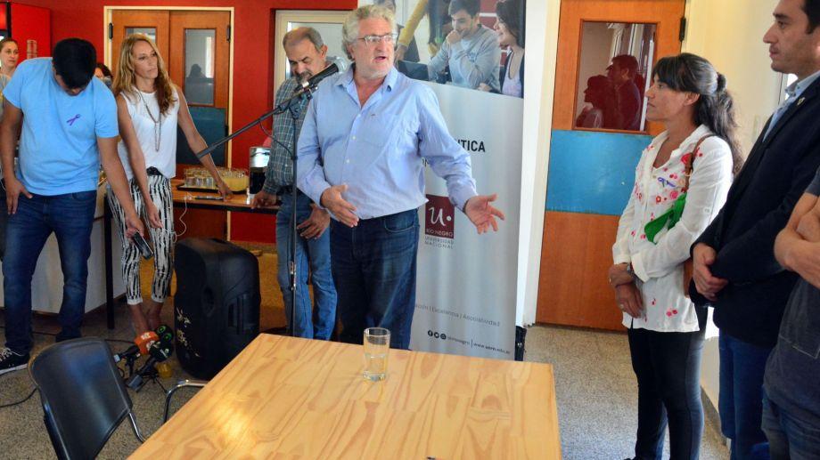 Del Bello firmó el acuerdo con el organismo nacional. Foto: archivo/Marcelo Ochoa.