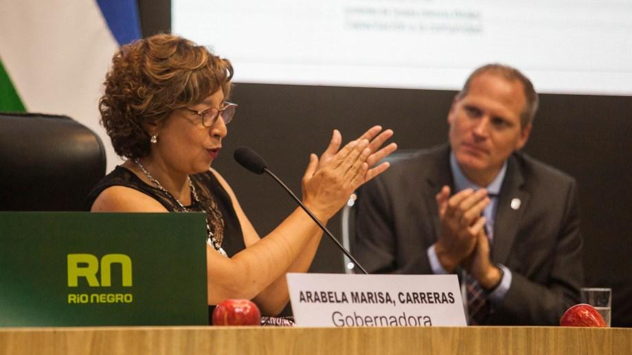 La gobernadora Carreras puso en marcha las sesiones ordinarias de la Legislatura rionegrina. Foto: Marcelo Ochoa.