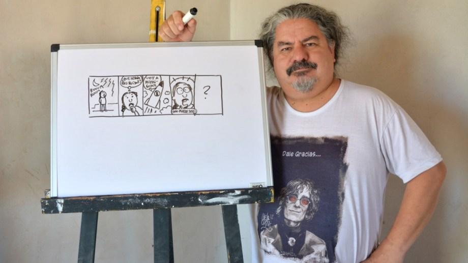 Chelo Candia, autor de la serie Viajeros en el suplemento Voy del Río Negro, es historietista, dibujante y muralista. Da talleres municipales gratuitos en Roca. En esta nota te cuenta cómo hacer una historieta viajera.