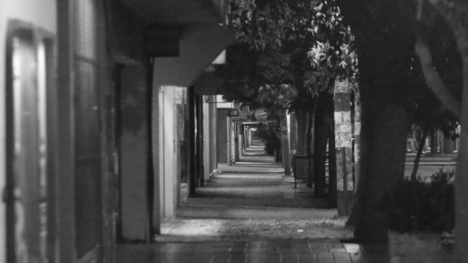 Calles vacías en Roca. Foto: Juan José Thomes