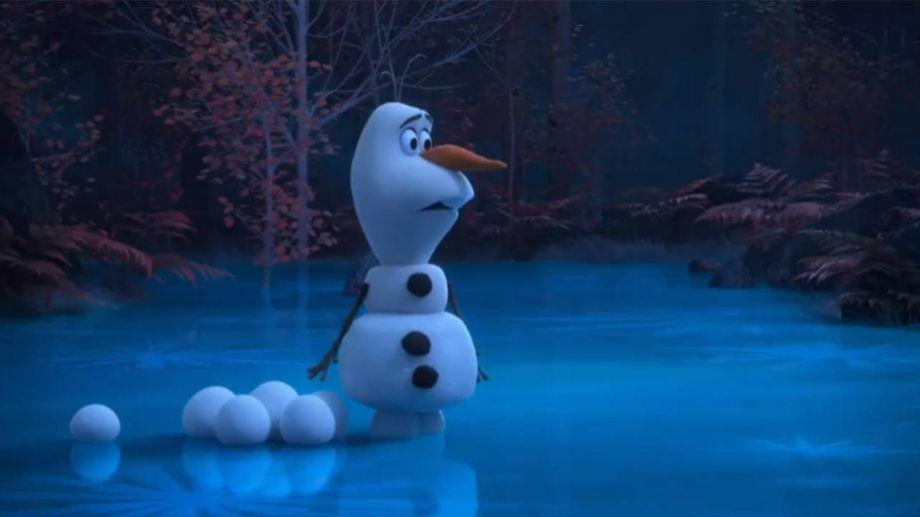 Olaf  vive nuevas aventuras en internet.