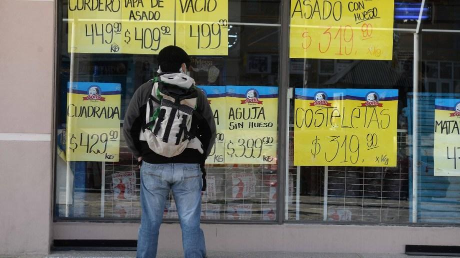 La actividad comercial en general de Bariloche se ve afectada por la falta de turistas. Archivo