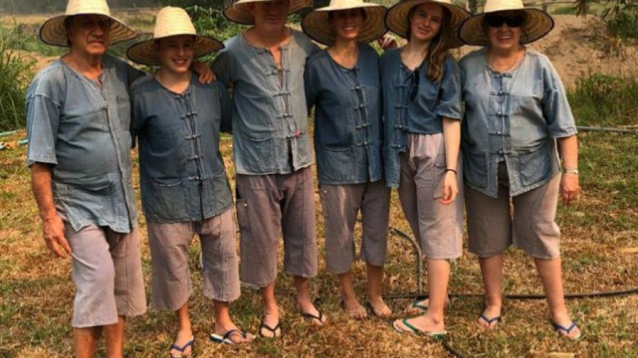 Juan Cruz Bogni, su mujer, sus hijos y sus padres están varados en Bangkok desde el 21 de marzo. Son de Esquel, Chubut.
