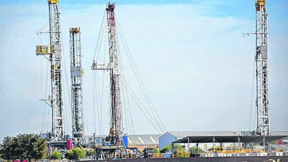Con el barril criollo y el nuevo plan para el gas el gobierno busca dinamizar el sector hasta tanto se reactive la demanda. (Foto: Florencia Salto)