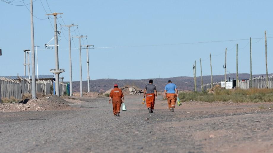 Ya son 200 los desocupados de Añelo, según el Municipio. (Archivo).-