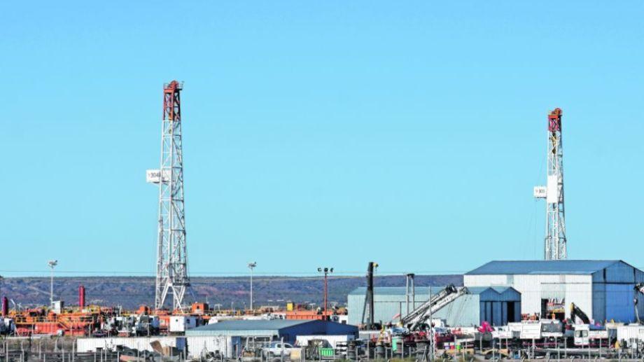 La actividad hidrocarburífera tendrá un nuevo gravamen el próximo año. Foto: archivo.