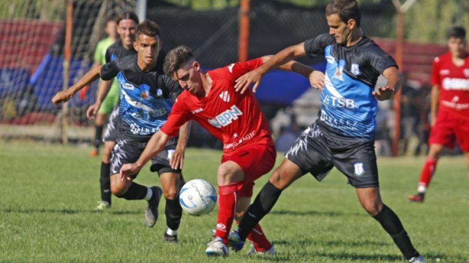 Independiente y Rincón, dos que se armaron para ascender. (Foto: Archivo Juan Thomes)