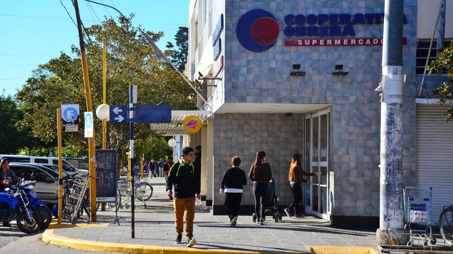 Concejales pidieron que Edersa y Camuzzi no corten servicios a comercios cerrados por la pandemia. (Foto archivo)