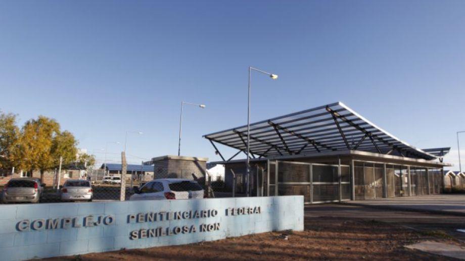 Son 53 los positivos de coronavirus en la cárcel de Senillosa. (Foto Archivo Juan Thomes)