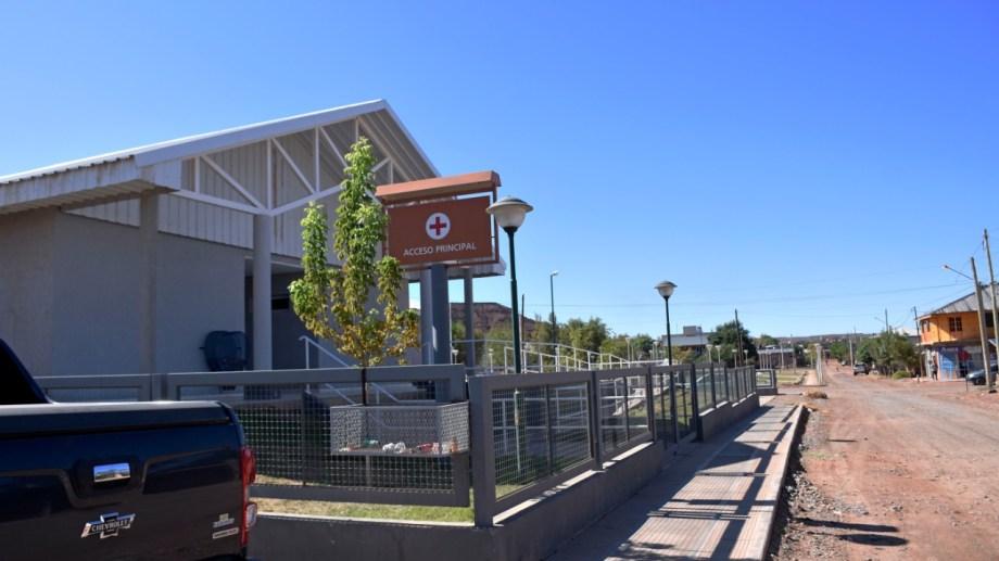 El personal de salud de San Roque depende del hospital de Añelo, inaugurado el 1 de octubre de 2018. Foto Florencia Salto.