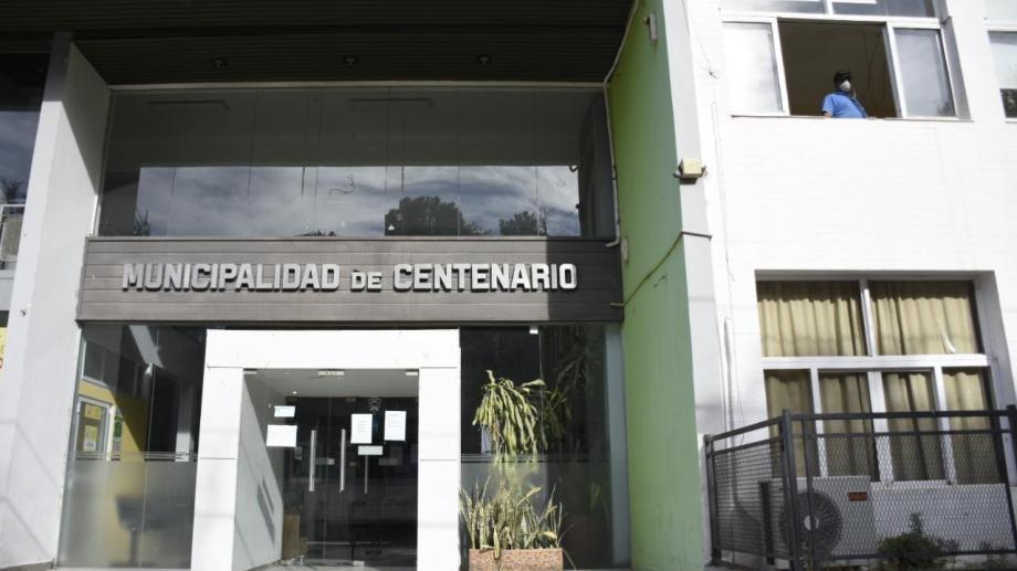 Al igual que la mayoría de los municipios de la provincia, Centenario tiene problemas con los ingresos. (Foto: Florencia Salto).