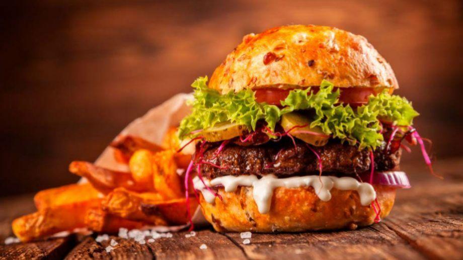 ¿Querés una hamburguesa? Podés pedirla por delivery, o armarla con un tutorial online. Vos decidís.