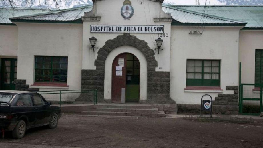 En el hospital de El Bolsón hay dos casos positivos internados.