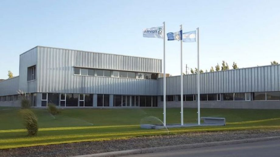 La empresa tiene cerca de 600 empleados en Neuquén.