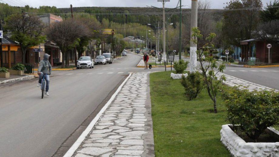 Las calles vacías de Loncopué, la ciudad aislada por la pandemia. (Archivo)