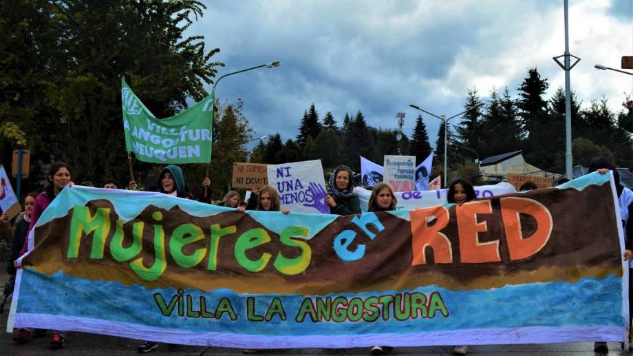 Mujeres en Red de Villa la Angostura creó un recursero feminista. (Gentileza).-