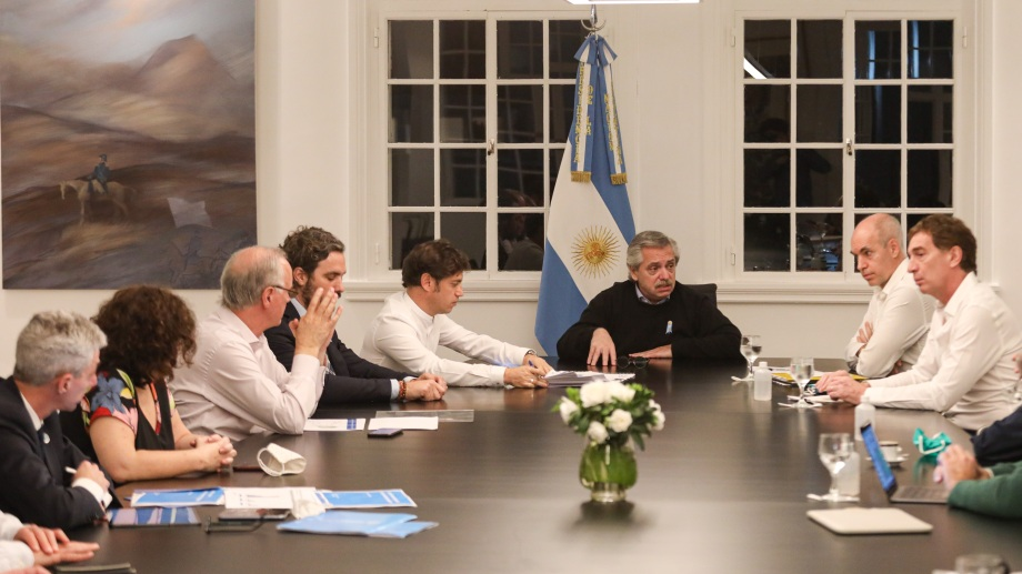 Alberto Fernández avanzó en un acuerdo con Kiciloff y Larreta para mantener el aislamiento social. Foto Télam.