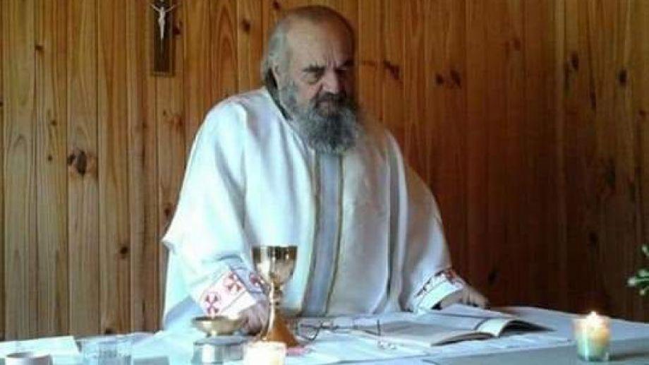 El sacerdote estuvo en la diócesis de Neuquén, durante 55 años. Foto: gentileza