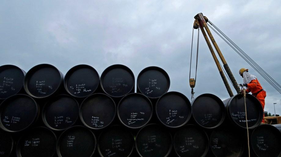 El acumulado de pedidos de exportación representa casi ocho meses de la producción de crudo todo el país.