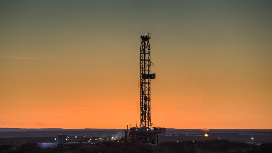 Las inversiones petroleras comenzaron a caer el año pasado y se agudizaron por los efectos de la pandemia.