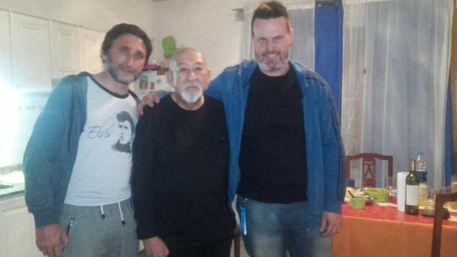 Julio Ferrer, Horacio Bascuñan y Germán Gorosito; durante el trabajo con el libro. Todos fueron piezas claves para que la obra finalmente pueda ver la luz.