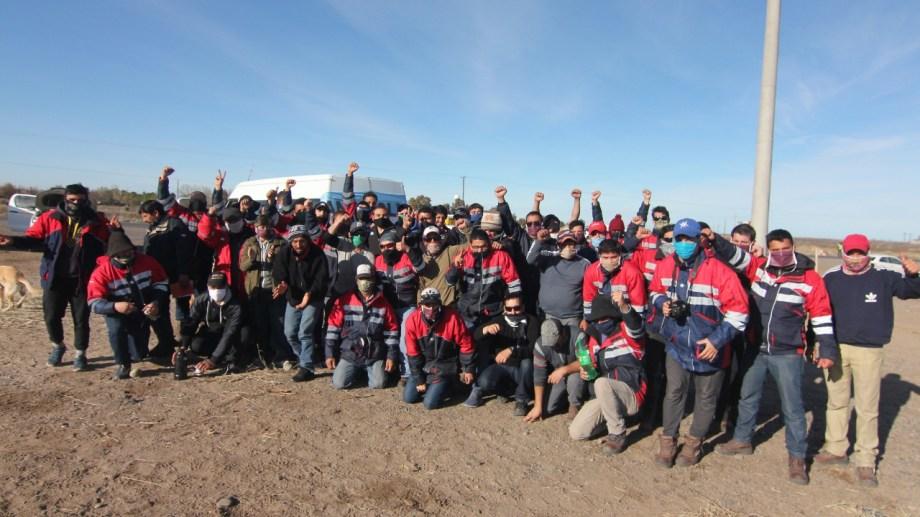 Los trabajadores de la mina levantaron las medidas el viernes, tras firmar un acuerdo con el gobierno. Foto: archivo Oscar Livera.