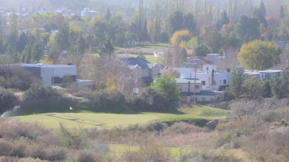 El Rincón Club de Campo anexó tierras municipales para ingresar al sistma federado de Golf (foto Yamil Regules)