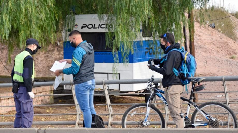 La policía es uno de los servicios declarados esenciales.