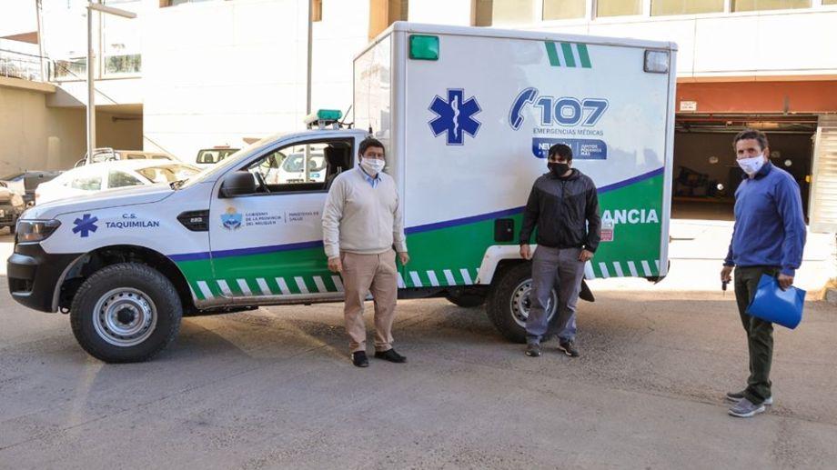 El ministerio de Salud entregó una ambulancia al centro de salud de Taquimilán. (Neuquén Informa)