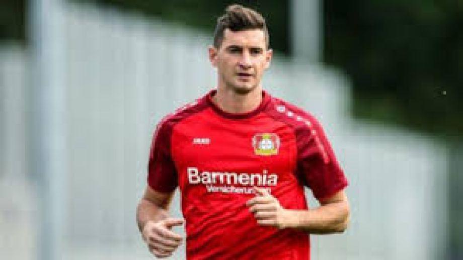 El delantero ingresó en el segundo tiempo para la victoria del Bayer ante el Friburgo.