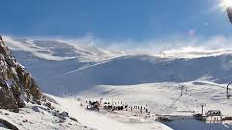 El centro de esquí de Esquel (Chubut) podría abrir solo para residentes en la temporada de invernal
