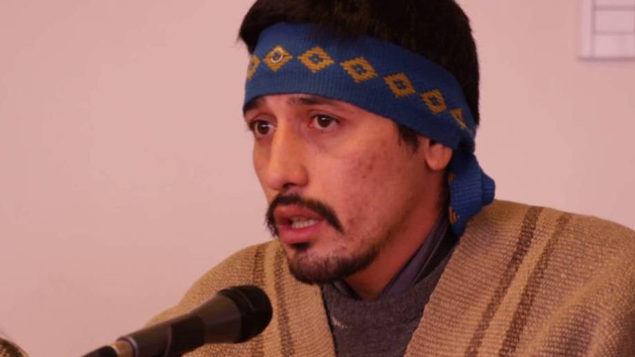 Jones Huala nació en Bariloche y fue condenado por un delito cometido en Chile.