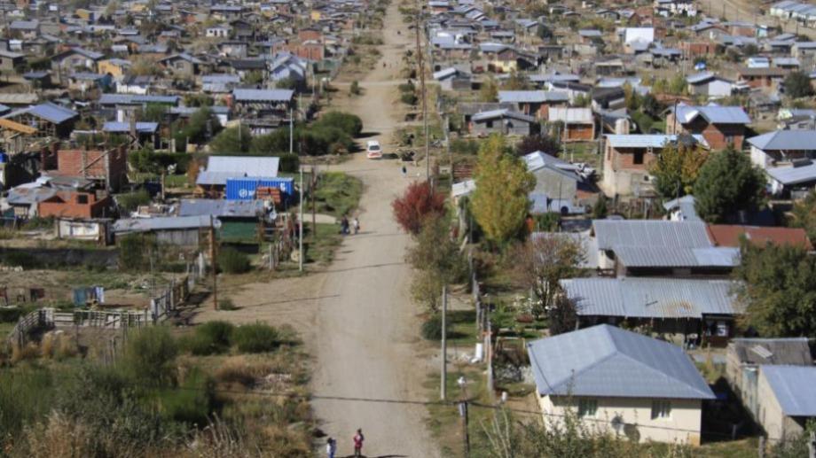 El esquema de restricciones se mantendrá en vigencia hasta el 8 de diciembre en Bariloche y Dina Huapi. (foto archivo)