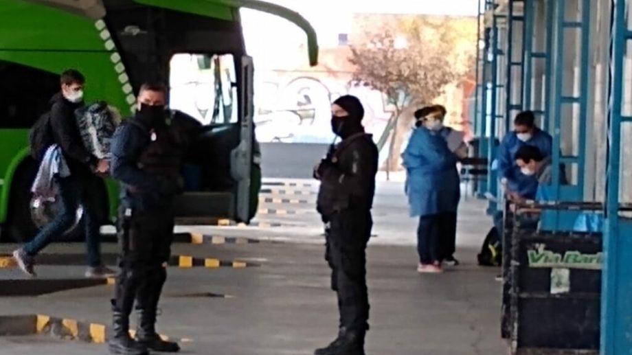 Se espera que esta tarde los roquenses lleguen a la Terminal de Ómnibus. (foto: archivo).